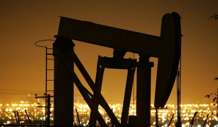 oil-prices-hit-historic-high-on-weak-dollar-80145258-58c65487f1fb2